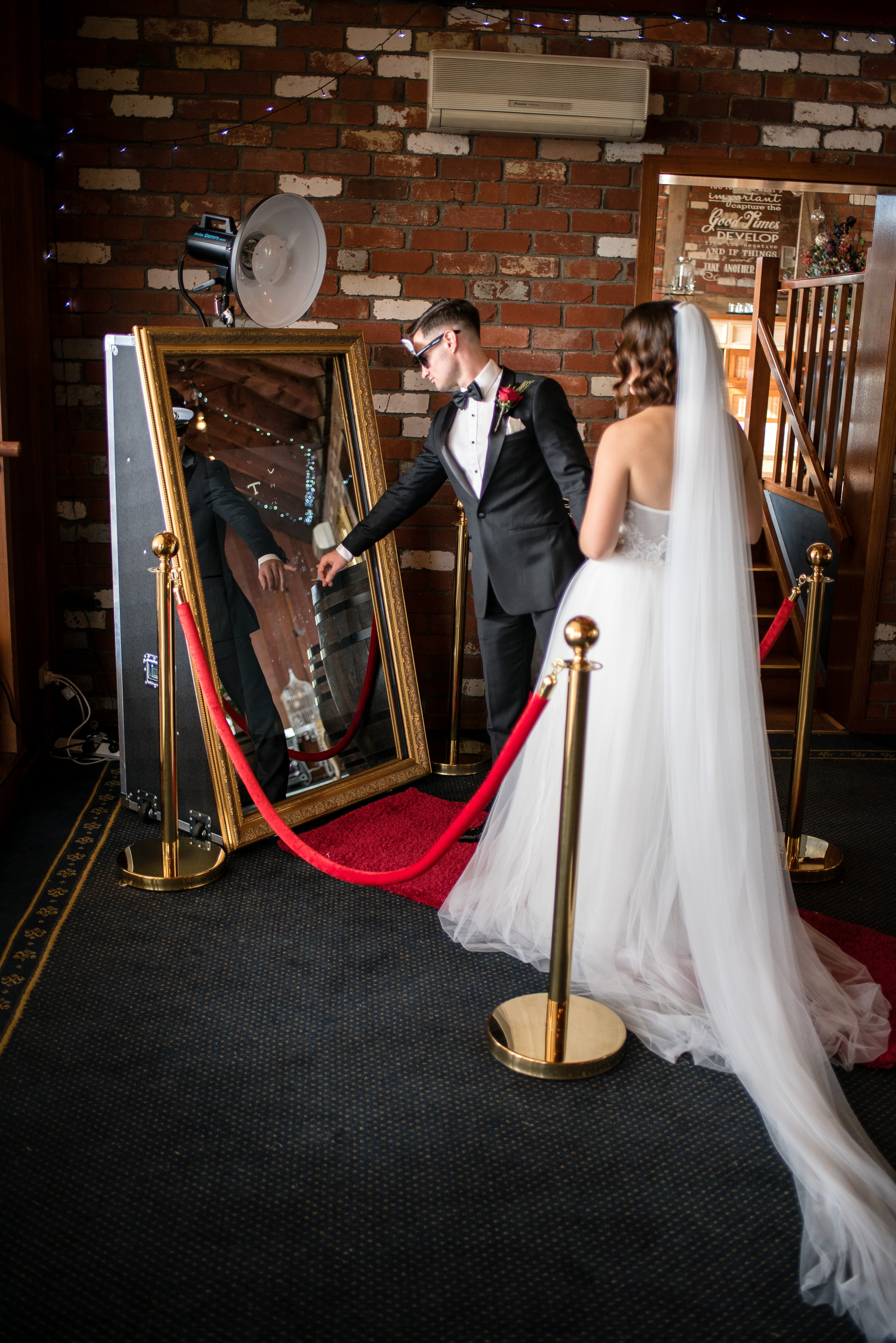 Mirror Booth Melbourne Photo Booth Melbourne Entertainers