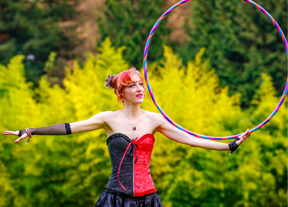 Hula Hoop Act Melbourne – Amazing Performer For Any Events