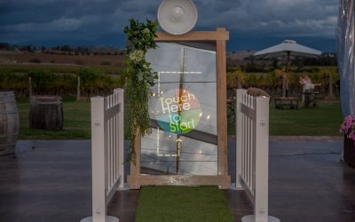 Mirror Booth – What Does It Offer?